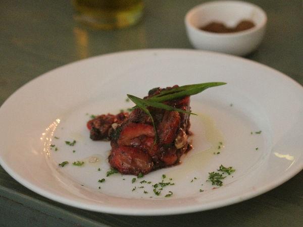 Healthy Chicken Recipe: Seared Chicken Strips, Balsamic Strawberries, Ginger Oil