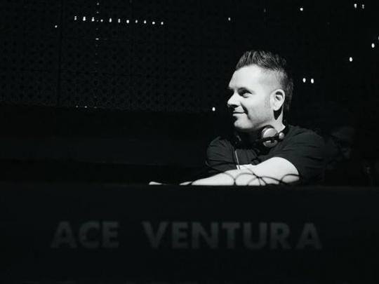 Yoni Oshrat aka Ace Ventura