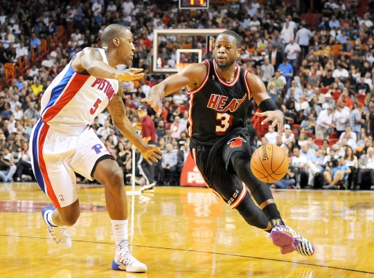 Wade and James Lead Heat Over Pistons