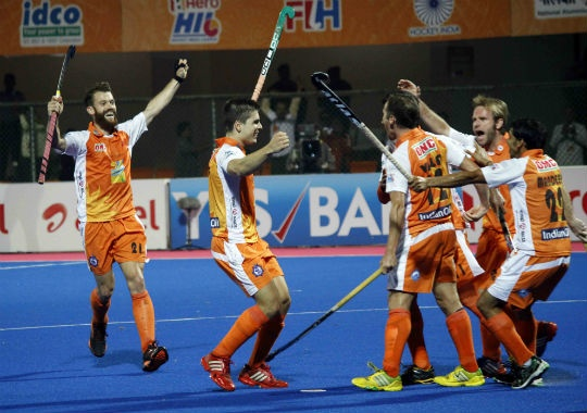 Kalinga Lancers gave table-toppers Delhi Waveriders a good fight at home.