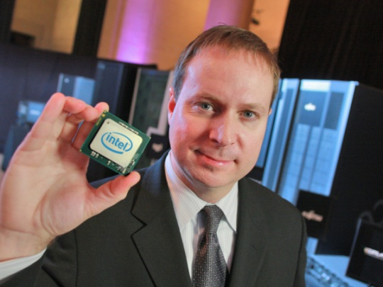Intel Launches High-End Xeon Server Chips