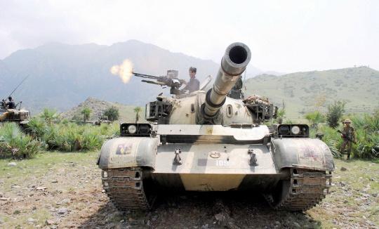 Pakistan Bombs Taliban Hideouts in Northwest
