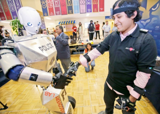Robots Will be Smarter Than Us by 2029: Google