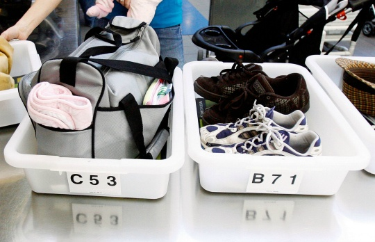 US Warns of Airline Shoe-Bomb Threat