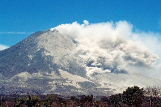 Major Volcanic Eruption in Indonesia