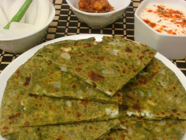 Indian Cooking Recipe: Palak Parathas Stuffed with Paneer