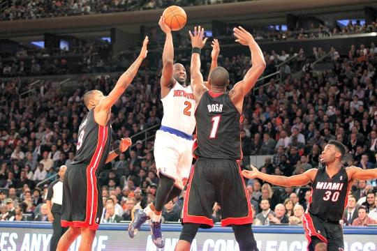 Smith Sits As NY Knicks Beat the Heat
