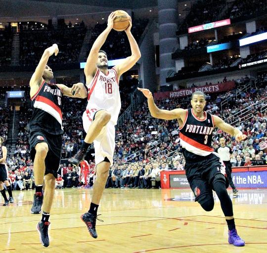 Houston Rockets Snap Blazers' Win Streak