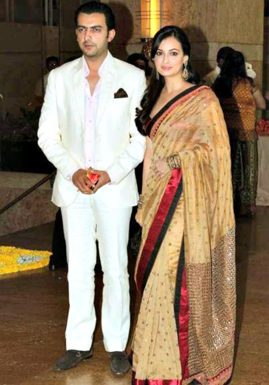Sahil Sangha, Dia Mirza
