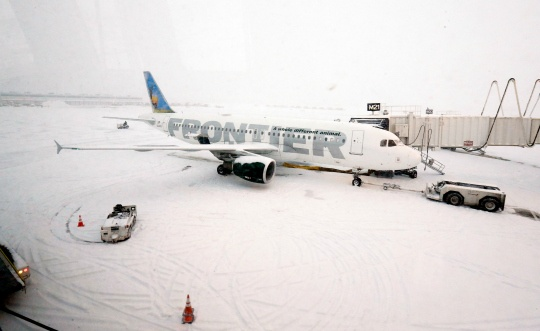 Cold Returns to US Midwest, Flights Hit