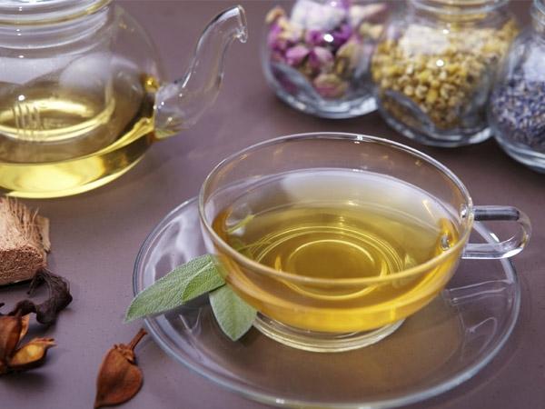 Healthy Monsoon Recipe: Detox Tea