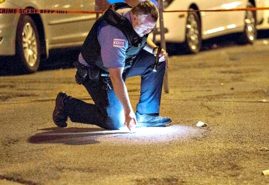 Chicago Shootings: 14 Killed, Dozens Hurt