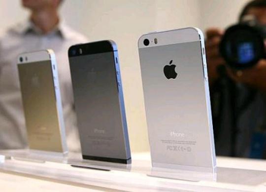 Apple India Eyes 1 Million Mark for iPhone 5S