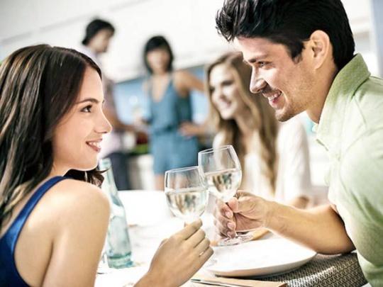 Men Out-Talk Women in Large Settings