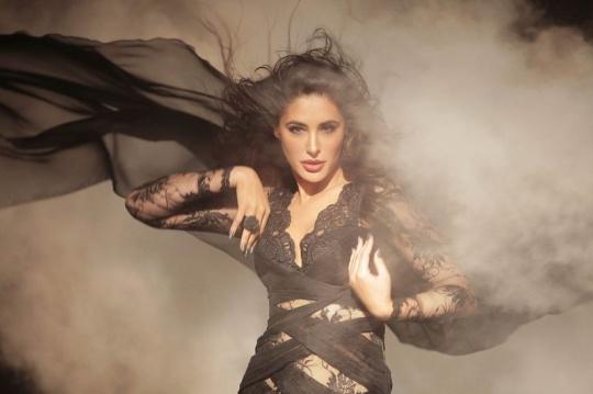 Nargis Fakhri in Kick