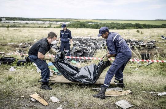 Flight MH17: Bodies From Jet Stuck in Ukraine