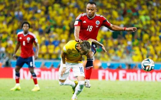 Injured Neymar
