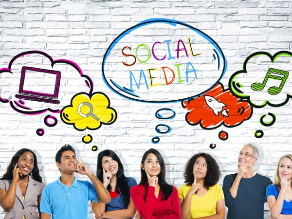 5 Ways Social Media Is Deteriorating Your Mental Health