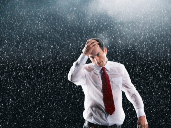 Health Tips To Survive Monsoon Diseases