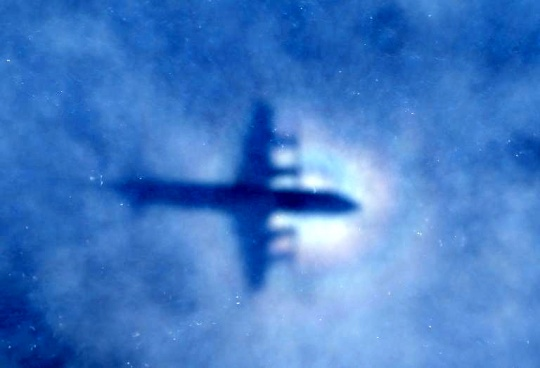 'MH370 Was Under Control Until Crash'