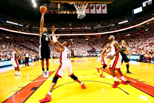 Spurs Hammer Heat to Take 2-1 Series Lead