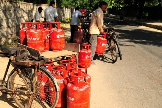 No Price Hike for Domestic LPG Cylinders