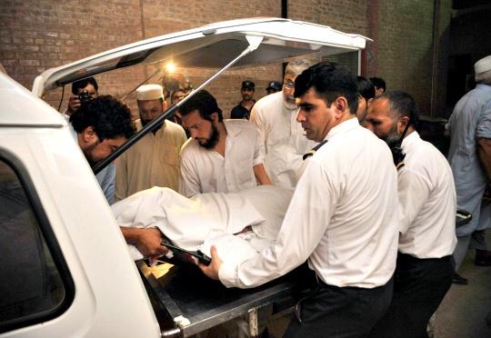 Shots Fired at Pak Plane While Landing in Peshawar