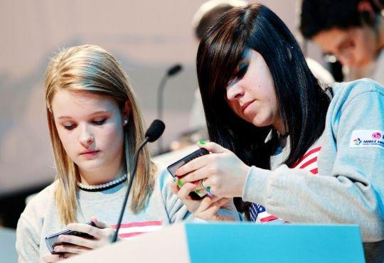 New Smartphone App Measures Stress in Parents