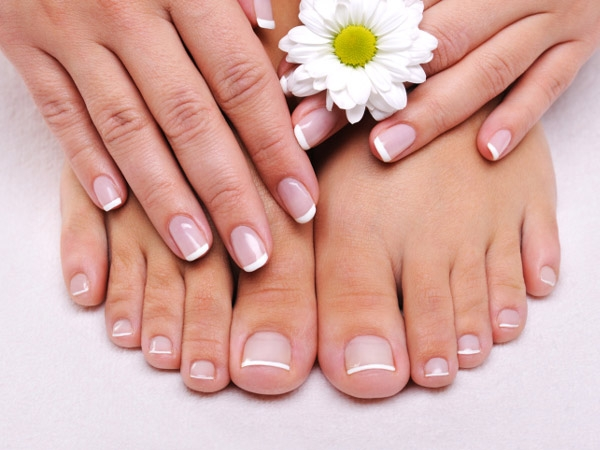 DIY: Tips To Strengthen Your Nails