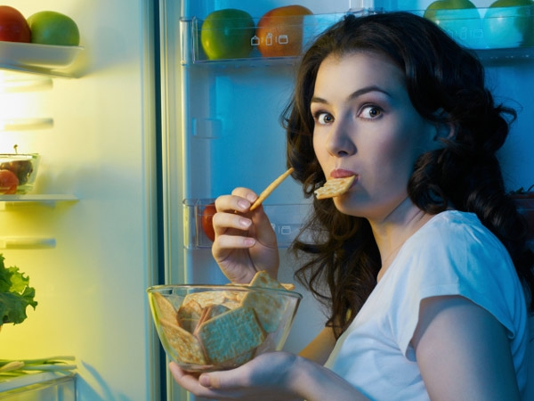 How To Beat Late Night Snacking