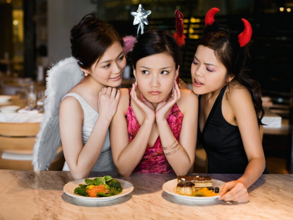 Easy Tips To Curb Your Appetite Naturally