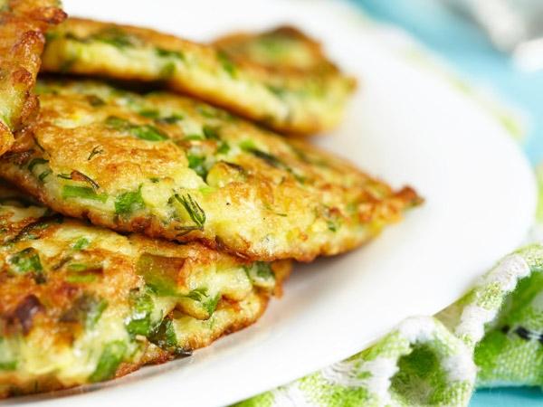 Low Calorie Breakfast Recipe: Zucchini And Carrot Pancake