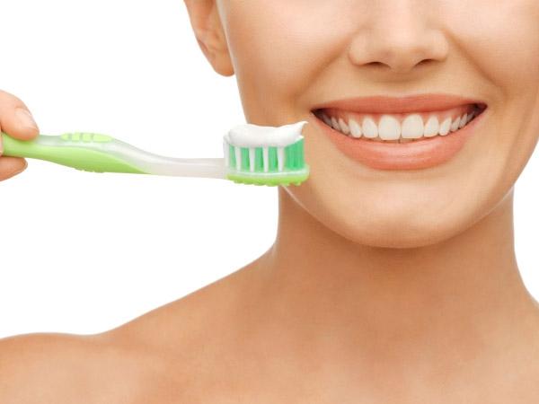 DIY: Homemade Toothpaste Recipe
