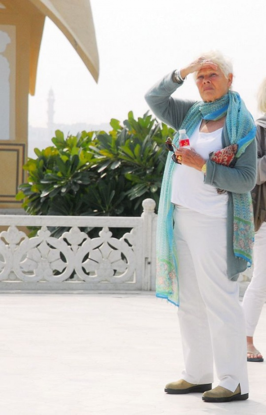 Judi Dench shoots for The Best Exotic Marigold Hotel 2