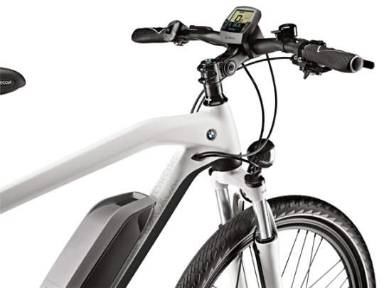 BMW Launches Third Generation of Bicycles
