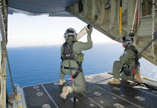 Hunt for Malaysian Flight 370 Resumes