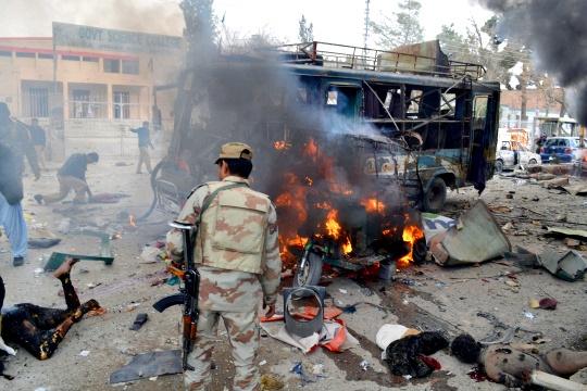 Pakistan Negotiators Hold Talks With Taliban