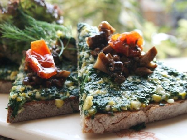 Spinach & Corn Tartine With Mushroom Duxelle