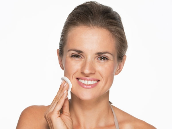 DIY: Homemade Toners For A Glowing Skin