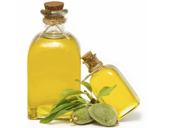 Beauty Benefits: Almond Oil