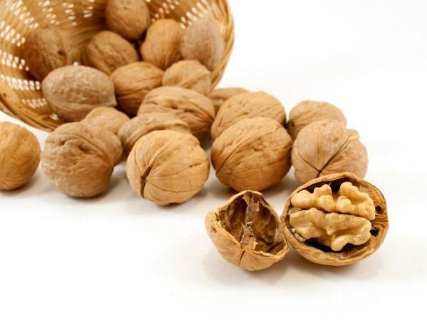 Healthy Nuts: Walnuts