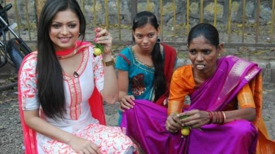 Drashti Turns Nimbu-Mirchi Seller!