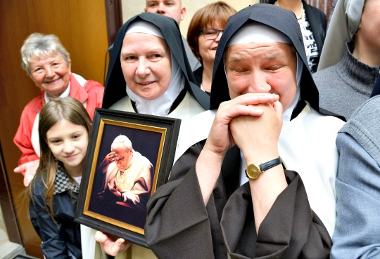 Crackdown On US Nuns Continues Under Pope Francis