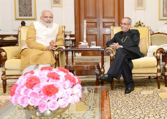 Narendra Modi, Pranab Mukherjee