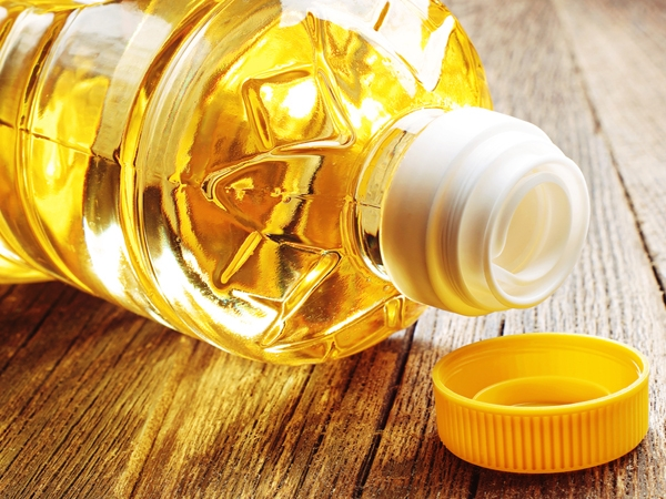 Why Vegetable Oils Are Not As Healthy As You Think