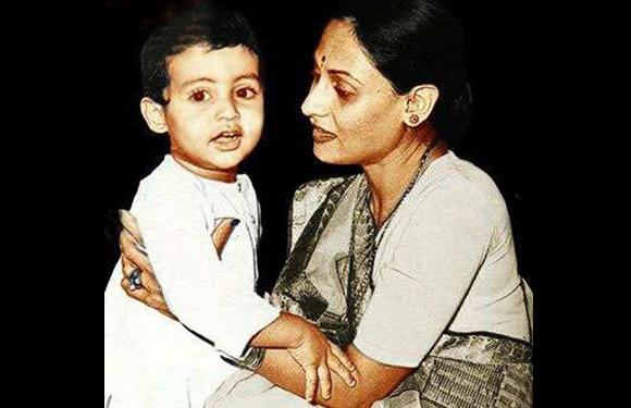 Abhishek bacchan baby child pic