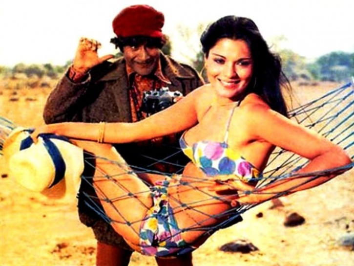 Zeenat Aman and Dev Anand
