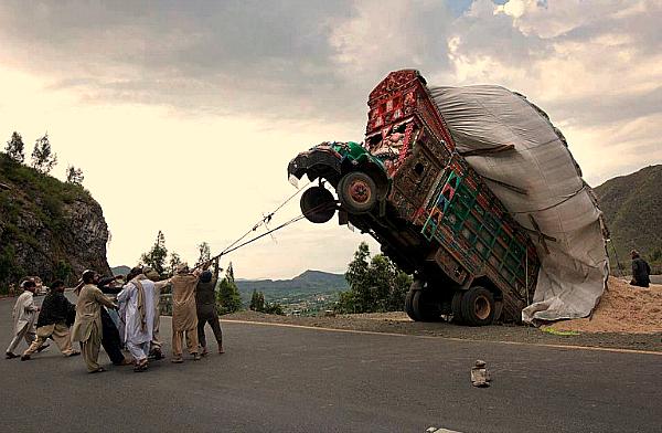 Pakistan truck funny