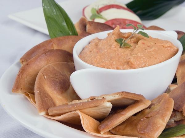 Healthy Snack Recipe: Garlic Lentil Dip
