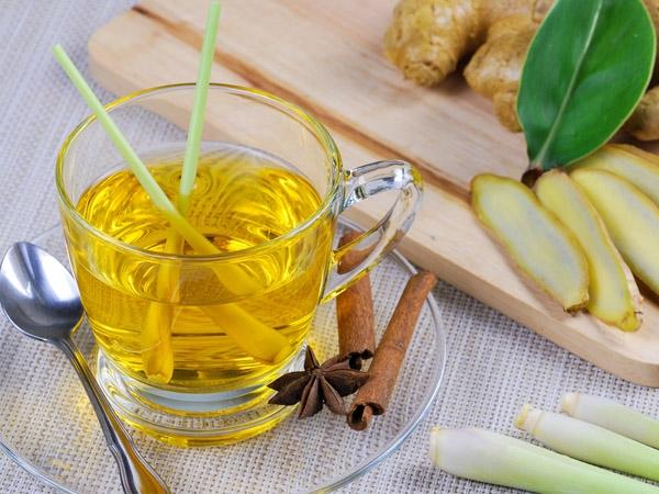 Healthy Detox Drink: Lemongrass Tea